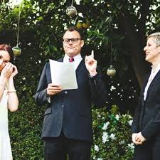 how to officiate a wedding how to officiate your best friend s wedding all you need to