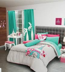 Isnt This Turquoise And Hot Pink Eiffel Tower Paris Themed - Eiffel tower bedroom ideas