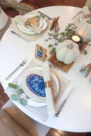 how to create a gorgeous fall tablescape for 50