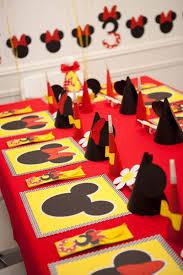 Mickey Mouse Activity Table 70 Inspirações De Festas Infantis Da Minnie Mouse Minnie Mouse