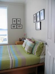 Simple Bedroom Designs For Small Rooms Home Interior And Remodel Magnificent Bedroom Decorating Ideas For