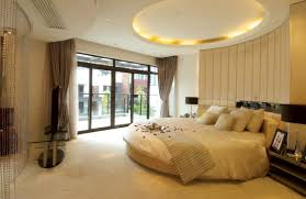 Bedroom Design Ideas For Couples by Bedroom Romantic White Round Bedroom Design With White Ceiling