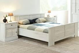 les chambre a coucher en bois chambre en bois naturel idées de décoration capreol us
