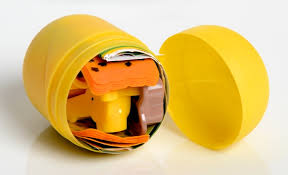 kinder suprise egg capsule de jouet de kinder système d ouverture et de