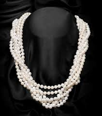 round freshwater pearl necklace images 46 best pearl necklaces and pearls images beaded jpg