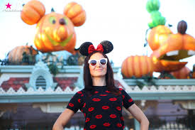 how to celebrate halloween at the american disneyland decoration