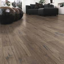 Commercial Grade Wood Laminate Flooring Ostend Natural Ascot Oak Effect Laminate Flooring 1 76 M Pack