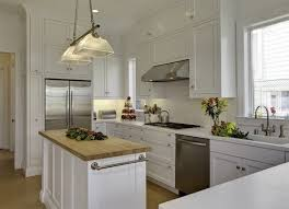 can cabinets be same color as walls kitchen walls and cabinets the same colour