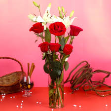roses and lilies valentinegiftidea roses and lilies arrangement