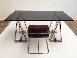 Schreibtisch Glas Schreibtisch Aus Rauch Acryl Und Glas Mit Stuhl Aus Lucite Und