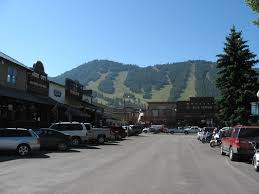 bloomberg business finds ski towns are the richest small towns in