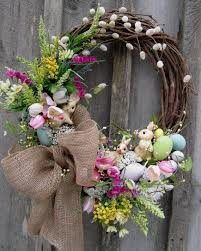 how to make an easter egg wreath 15 diy wreath ideas for easter pretty designs