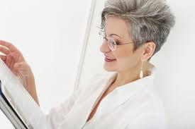hairstyles to make women over 40 look young hairstyles for women over 40 that will make you look younger