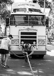 kenworth bus strongman fiona barrett photography