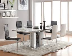 Dining Tables  Under Dining Room Table Rugs Area Rug Under Dining - Area rugs dining room