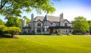 English Tudor Home English Tudor Home On 10 Acres In Clarence Ny Homes Of The Rich