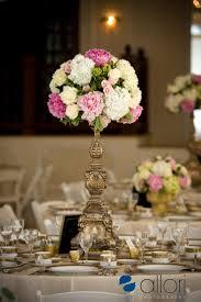 6 beautiful wedding table centerpieces and arrangements paperblog