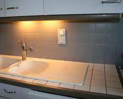 peinture pour carrelage sol cuisine peindre carrelage sol cuisine fabulous simple waxed concrete floors