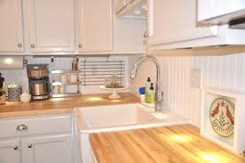 wainscoting kitchen backsplash 30 beautiful wainscoting backsplash kitchen images e villa