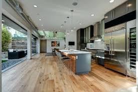 parquet salon cuisine parquet bois ou carrelage imitation parquet selon vous carrelage