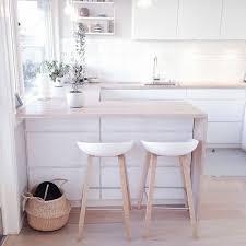 cuisine et blanc photos best 25 chaise bois blanc ideas on couleurs vives de