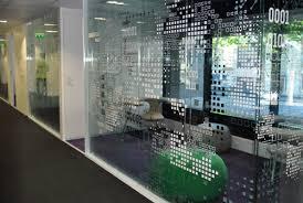 vitrophanie bureau décoration murale et signalétique de bureau et salle de réunion