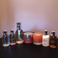inspiringolivia a place of inspiration for all aspects of life starting from the left side we have the coco sandalwood body wash delicious rhubarb rose bath and shower gel orange and bergamot hand wash