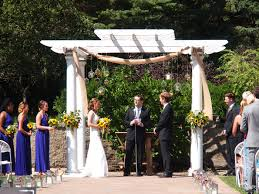 hanging flowers at your wedding the gardens of castle rock