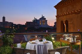 ristorante a lume di candela roma cena romantica a roma roof garden hotel forum dressing and