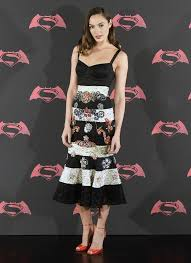 dress gal gal gadot midi dress gal gadot midi dresses and carpet