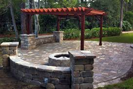 bluewater bay fl landscape company and outdoor kitchen contractor
