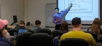 economics lawrence university