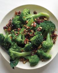 broccoli with almonds and olives