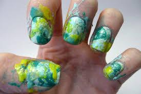 casa de polish green splatter paint nails