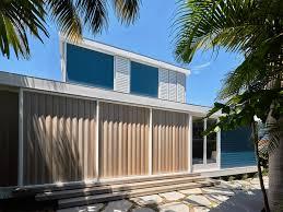 beach house on stilts preview luigi rosselli architects