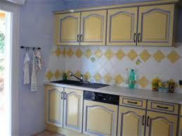 cuisine jaune et verte modele de cuisine provencale 5 cuisine provencale verte et