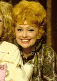 file lucille ball on heres lucy jpg wikimedia commons