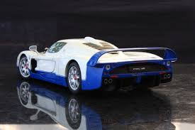 maserati mc12 blue autoart 1 18 maserati mc12 white maserati diecastxchange com