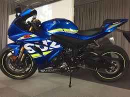 2017 suzuki gsx r1000 first look in depth preview