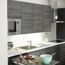 cuisine lave vaisselle en hauteur ranger la cuisine astuces et produits malins côté maison