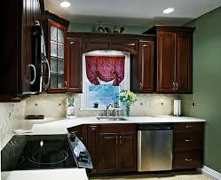 how to choose a color to paint kitchen cabinets what paint colors look best with cherry cabinets