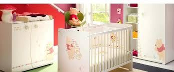 chambre bébé winnie chambre bebe winnie tour de juste chambre bebe winnie l ourson pas