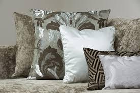 Light Grey Sofas by 35 Sofa Throw Pillow Examples Sofa Décor Guide Home Stratosphere