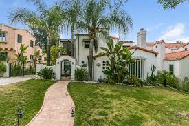 Spanish House Style Charming 1930s Spanish Style House In Glendale Seeks 1 35m
