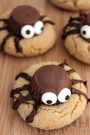 Easy To Make Halloween Snacks by 54 Best Halloween Images On Pinterest The Cottage Halloween