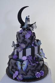 wedding cakes halloween themed wedding cake toppers halloween