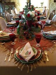 Christmas Table Cloths by Vignette Design Christmas 2012 Tablescape