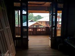 Small Beach House On Stilts Culture House On Stilts In Woloan Tomohon U2013 101monkeymagic
