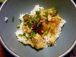recette de cuisine au wok recette wok de poisson au curry vert cuisinez wok de poisson au