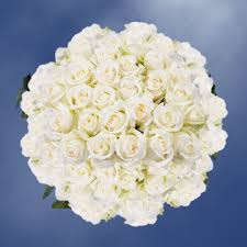 buy roses buy stem white roses with a yellow center global